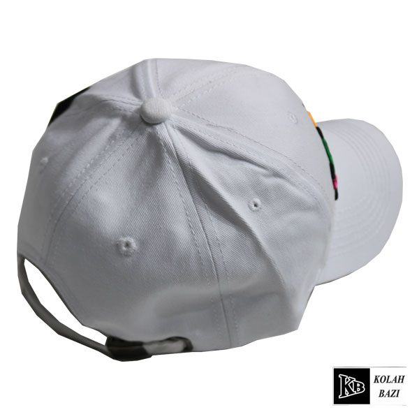 کلاه لبه دار بیسبالی سفید