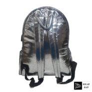 کوله پشتی نقره ای