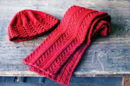 Knitted-scarves-and-hats